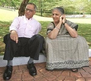 https://hemantkhurana81.files.wordpress.com/2011/05/narayanamurthy_wife_20090420.jpg?w=300