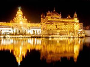 https://hemantkhurana81.files.wordpress.com/2011/06/golden_temple_india.jpg?w=300